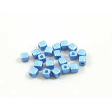 Korálky kocky Modrá perleťová