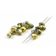 Korálky Kosoštvorec s 2 dierkami Zlatá so striebornou