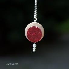 Náhrdelník Červené kvietky s perličkou