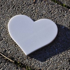Výrez z machovej gumy Srdce 7,7x6,6 cm
