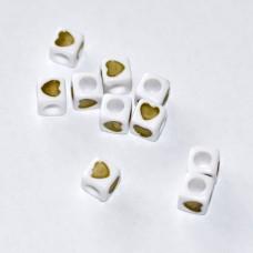 Plastové korálky kocky Zelené srdiečka