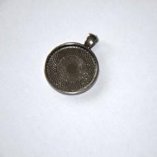 Prívesok kruhové lôžko s očkom Hematit